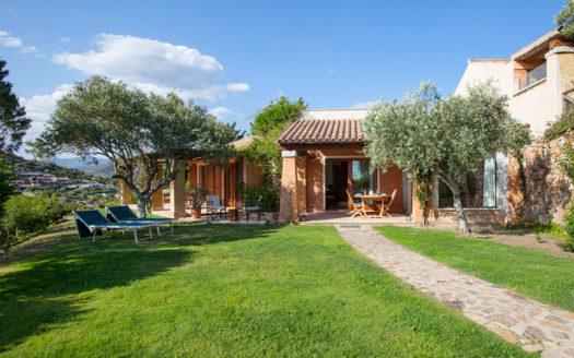 Villa-claudine-a-Chia-affitta-casa-vacanze-sardegna-web_-claudine-800x-600-525x328 Homepage