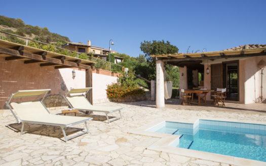 Villa-Summer-a-Chia-S4A0956-come-oggetto-avanzato-1-1-525x328 Homepage
